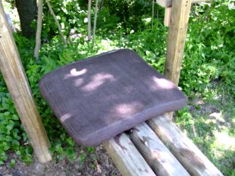 Outdoor DIY Workout Bench