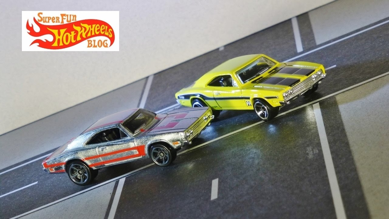 Hot Wheels 2018 50th Anniversary HW Muscle Mania Purple Dodge Charger 500