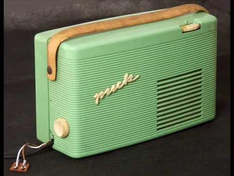PUCK DDR RFT Batterie Röhren Radio
