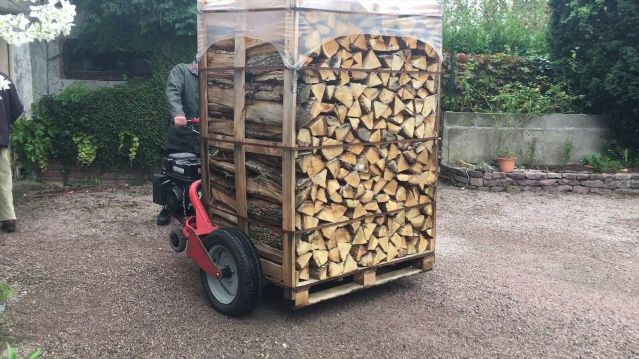 Livraison bois de chauffage sur palette youtube for Entreposer bois de chauffage