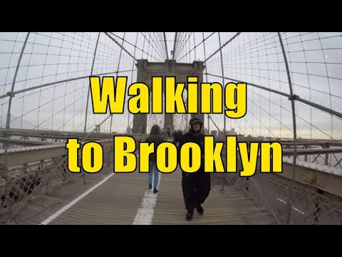⁴ᴷ Walking Tour of the Brooklyn Bridge from Manhattan to Brooklyn during Christmas Eve 2017
