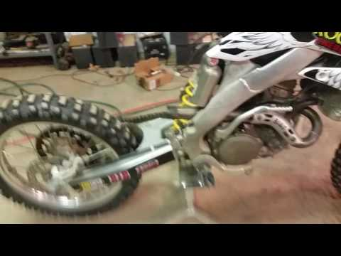 Crf250r carburetor removal - YouTube
