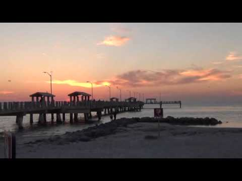 Fort desoto fishing pier youtube for Fort desoto fishing pier