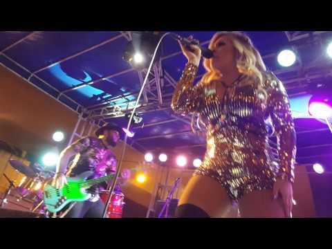 Shelly Lares/Stefani Montiel - Quien Quiere Shots/Esa Quimica Que Tienes 4-22-17