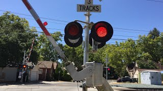 2nd Avenue Railroad Crossing, Light Replaced And Fast Gate Drop From Mechanism Malfunction