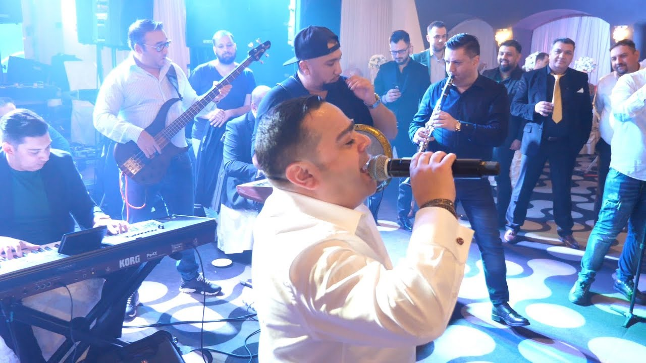 Adrian Minune  - Si pamantul l-as intoarce  ( LIVE )