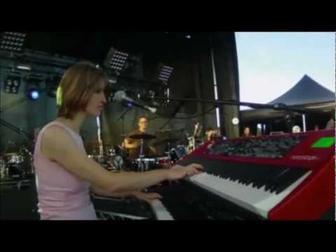 The Jezabels - Mace Spray (LIVE concert on Saturday April 2nd, 2011).mov