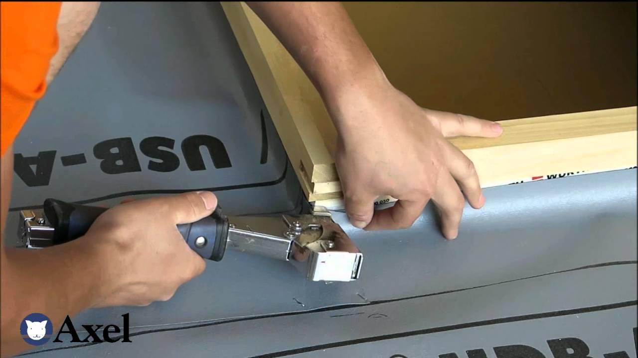 Axel istruzioni montaggio finestra per tetti youtube for Montaggio velux