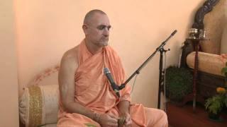 2009.06.21. Kirtan before Seminar by H.H. Bhaktividya Purna Swami - Riga, LATVIA