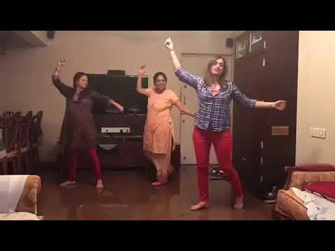 Navrai Majhi Ladachi Ga - English Vinglish movie song