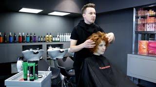 Как сделать стрижку на кудрявых волосах(Любой парикмахер знает, как непросто справиться с кудрявыми, вьющимися волосами и создать идеальную форму...., 2016-03-09T18:02:06.000Z)