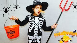 Katy Pretend Play Halloween Dress Up & Trick or Treat for Kids Candy Haul