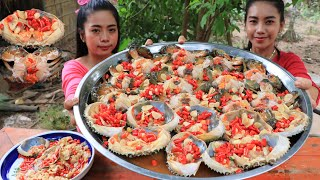 How to make crab salad with chili and fish sauce recipe