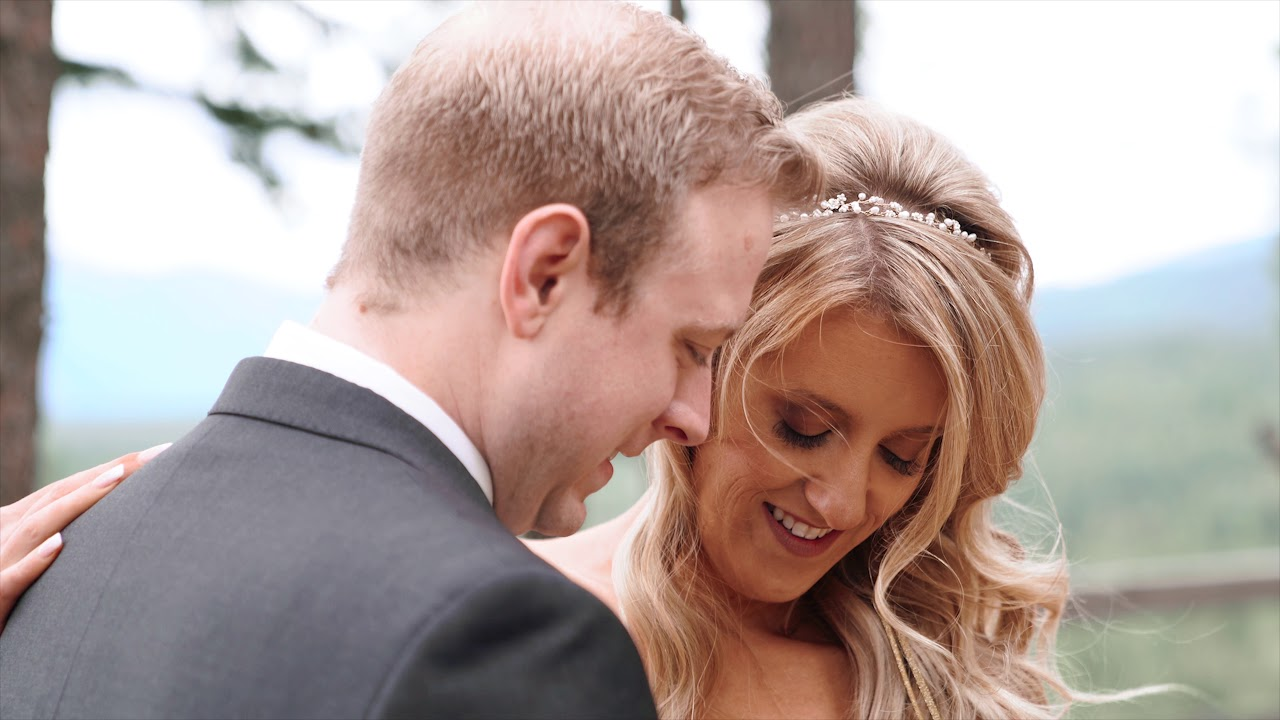 This Wedding is So Gorgeous!! It'll make you swoon!