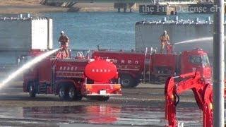 動力付き大型水槽車 2013東京消防出初式