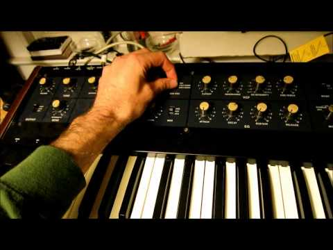 TR-707 Stepping the Arpeggiator on a Korg Polysix