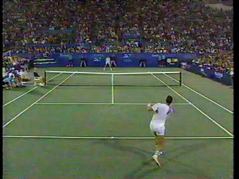 Jimmy Connors pushed to make unforced errors