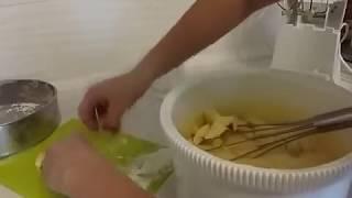 Яблочный пирог - Шарлотка рецепт пошагово