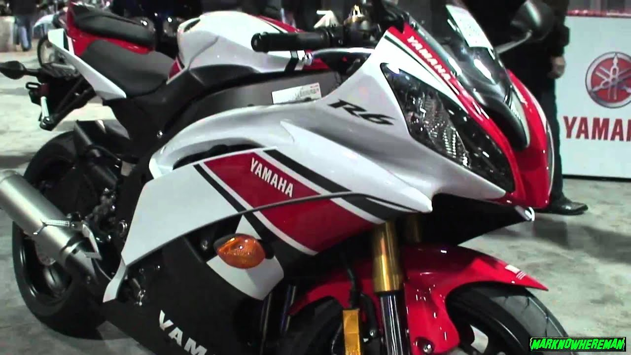 Yamaha R6 Limited Edition Vs Honda Cbr600rr Special Edition Youtube