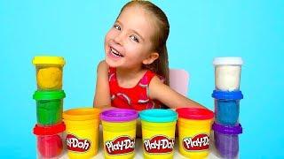 Маша лепит из пластилина Play Doh Фрукты и другие предметы. Поделки из Плей До для детей