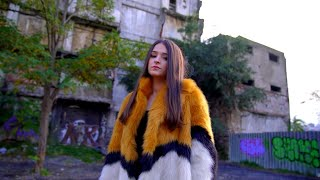 Ezgi - Ardımdan Bakma (Official Video)