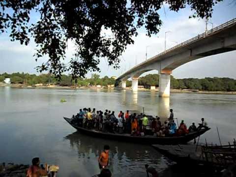 Raghunathganj gari ghat, under jangipur bridge,  Murshidabad