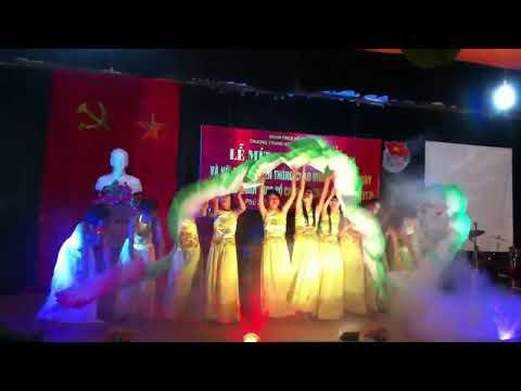 múa Hồ Ly Trắng - 11A4 ( VN hội trại 26-3-2013) - HD