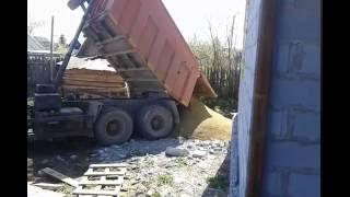 видео Камаз доставка песка - Купите Песок и Щебень в Ростове-на-Дону!
