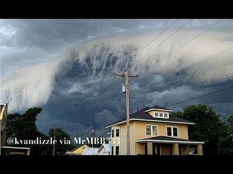Its ALREADY Starting! Could Be A SIGN Of Things To Come | OMINOUS Skies Dominate Midwest!