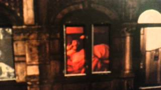 Led Zeppelin - Physical Graffiti - Trampled Under Foot