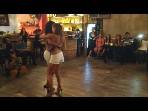 Galitzine & Galina. Kizomba, Semba, Tarraxinha. Tulum March 2017