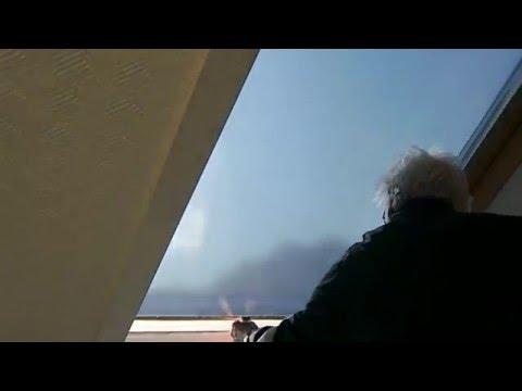 dachfenster-sonnenschutzrollo-mit-perfektem-sonnenschutz-oder-verdunkelung