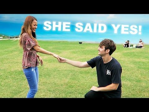 SHE SAID YES!! (日本では)