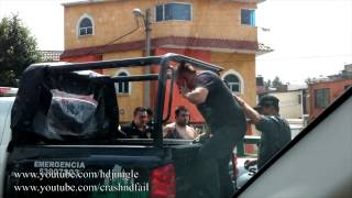 Arresto de Ladrones de Urnas IFE en Gustavo Baz Primero de Julio 2012