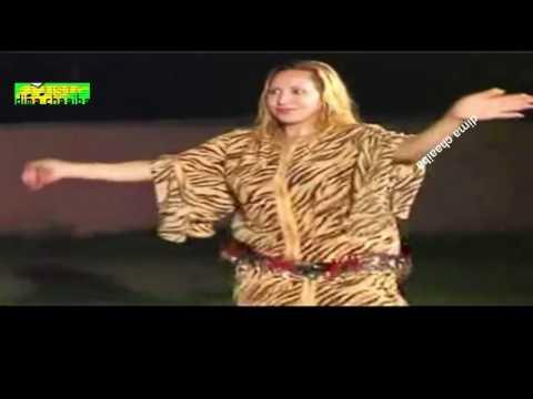 dima chaaiba  ( رقص شعبي خطير ( نشاط أولاد حريز thumbnail