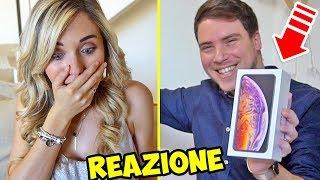 REGALO IPHONE XS MAX ALLA MIA RAGAZZA!! - LA SUA REAZIONE