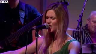 Joss Stone & Jools Holland - Letting Me Down - Live at Andrew Marr Show 2014 (HD 720p)