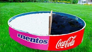 Experiment Coca cola and Mentos in the Pool