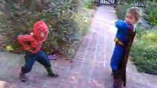 Spiderman & Superman Battle