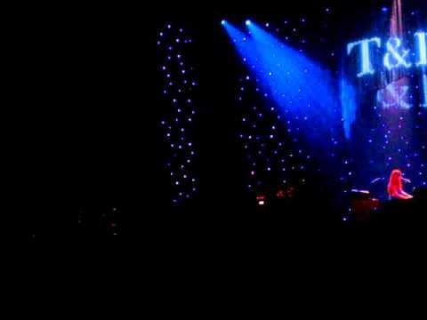 Tori Amos Take me With You Anaheim 12-15-2007