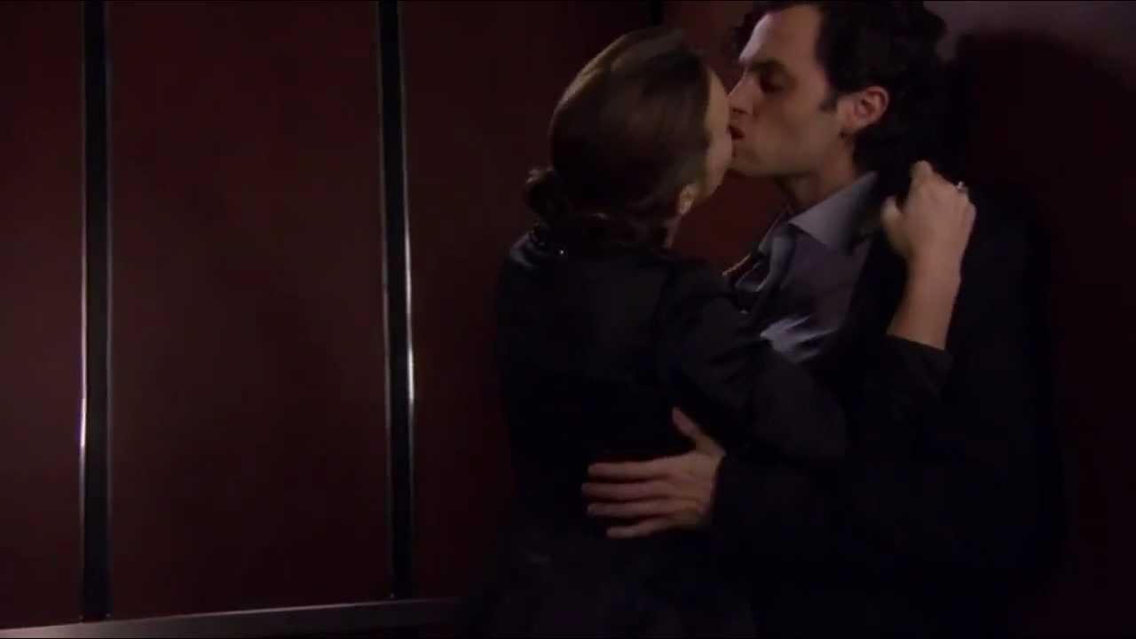 Секс в просвечивающемся лифте