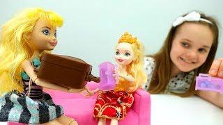 Куклы #ЭверАфтерХай ПЕРЕПУТАЛИ БАГАЖ! #ИгрыДляДевочек Королевские куклы #EverAfterHigh Royal