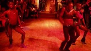 """The Chocolate Bunnies (Onyx,Fudge & Angel Pariz Live) """"How Many Licks"""" By Lil Kim"""
