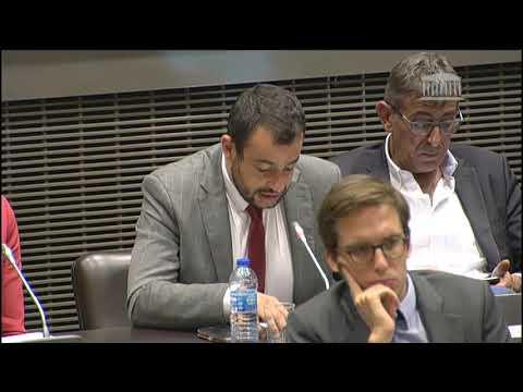 Adrien MORENAS interroge François DE RUGY sur les Assises de l'Eau