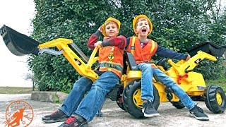 Ride On Kids Backhoe Excavator - Diggers for Children with Little Builders