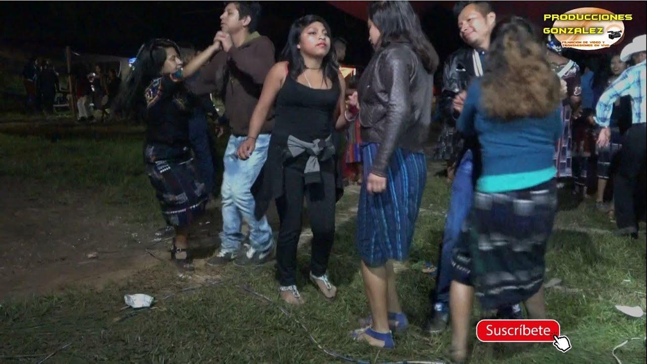 Y así bailan las Chicas traviesas en Las Delicias Tunajá,  Joyabaj