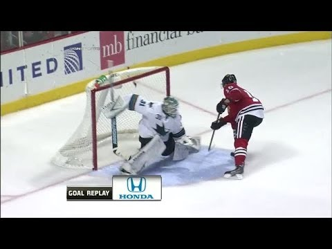 Patrick Sharp dazzles on penalty shot