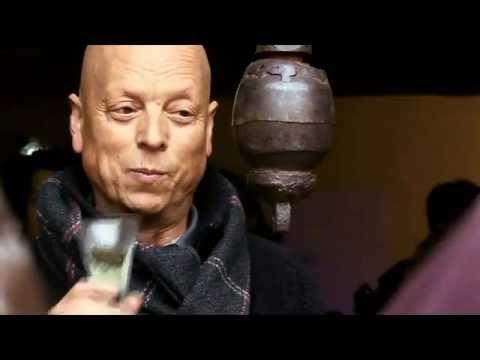"""Brindis 2012: """"3r brindis per l'escultura i per la pau"""""""