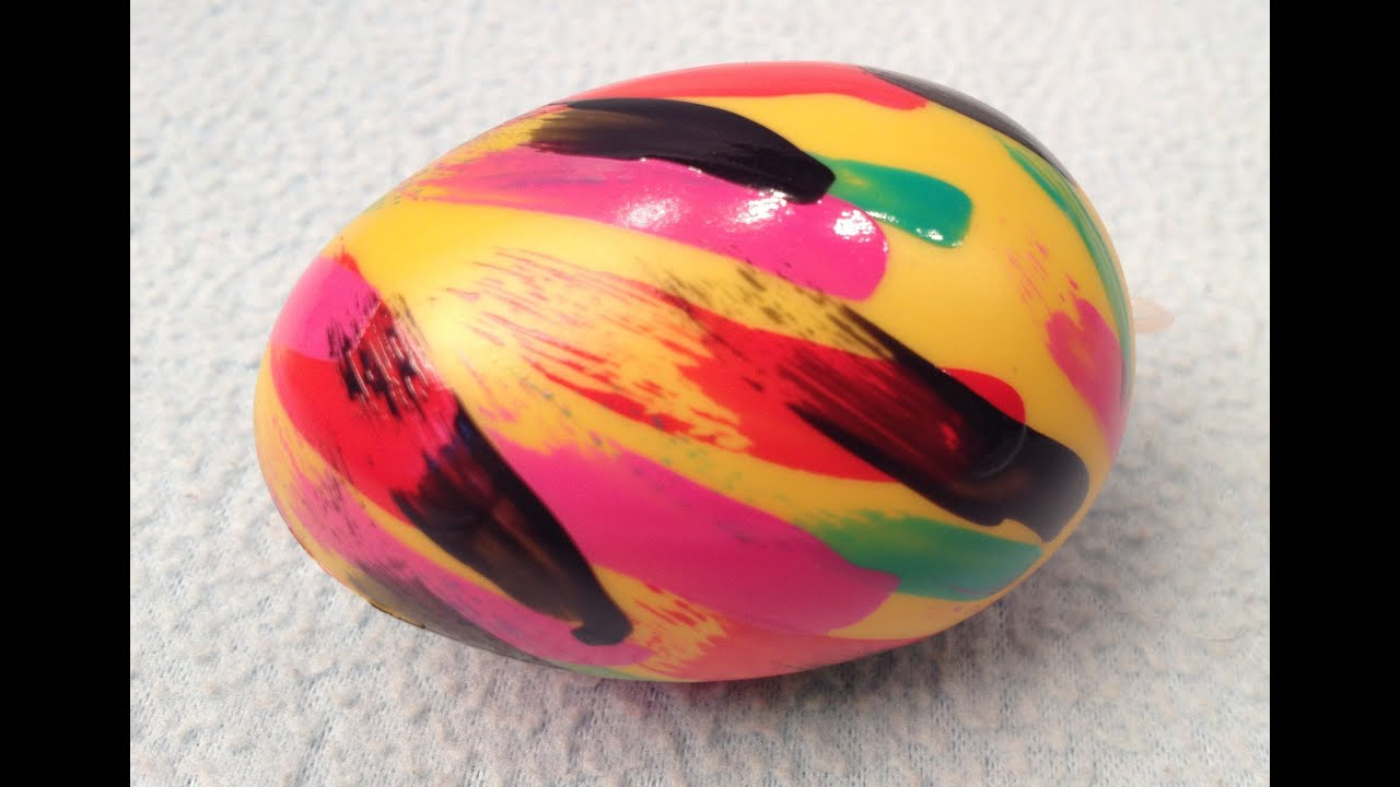 creative  easy easter egg design with nail polish