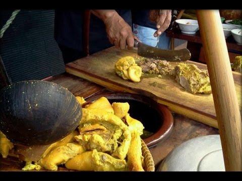 wisata-kuliner-empal-gentong-daging-sapi-pasar-kanoman,-cirebon
